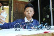 Olah Limbah Jadi Miniatur Sepeda; Awalnya Iseng, Kini Usaha Andalan
