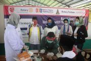 Rotary Club Surabaja, Halodoc, dan Standard Chartered Gelar Rapid Test