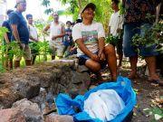 Kain Kafan Hasil Pencurian Ditemukan di Kebun Warga Dusun Sumberbeji