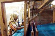 Ramadan, Omzet Kain Tenun Ikat Kediri Naik 40 Persen