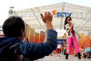 Serunya Karnaval SCTV: Geisha Doyan Pecel, Kenta Juara Makan Tahu