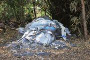 Limbah B3 di Ngreco Kandat: Bocah Nangis, Terpal Tak Mempan Usir Bau