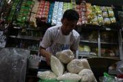 Gula di Pasar Kediri Rp 17.500 Per Kilo, Bulog Akui di Atas HET