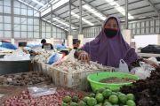 Para Pedagang Pasar Wage II Bertahan di Tengah Pandemi Korona