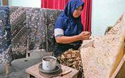 Batik Kuno Mojo dengan Pewarna Kulit Akar Mengkudu Hingga Pohon Mangga