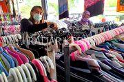 Bisnis Pakaian Bekas di Kediri: Sekarang Harus Lewat Pelabuhan Tikus