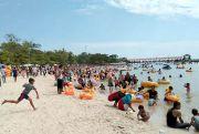 Syawalan, Ratusan Ribu Wisatawan Serbu Kota Jepara