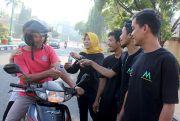 IPWL Ayodya Mandiri Kampanye Jauhi Narkoba Sambil Bagikan Air Mineral