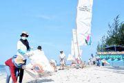 Abrasi di Pulau Panjang Robohkan Puluhan Pohon Cemara Laut