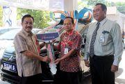 Bank Jateng Cabang Purwodadi Serahkan Xpander ke Nasabah