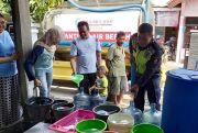 Atasi Kekeringan, RS Keluarga Sehat Salurkan 15 Ribu Liter Air Bersih