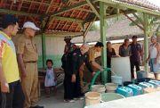 Dinkominfo Salurkan Air Bersih di Dua Desa Terdampak Kekeringan