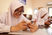 Ikuti Arahan Mendikbud, Siswa Mulai Gunakan Android di Tes Semester