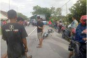 Buntuti Ambulans, Pengendara MotorTewas Terlindas Truk Tronton