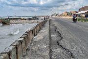 DPUTaru Rembang Perbaiki Jalan Rusak di Lingkar Sarang Tahun Ini