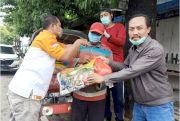 Komunitas IRB Rembang Bagikan Sembako dan Masker ke Tukang Becak