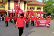 Bendera Dibakar, Banteng Kota Garam Merahkan Polres Rembang