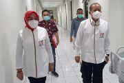 Jelang Tes Kesehatan,Bapaslon Sri-BambangSantap Soto biar Segerrr