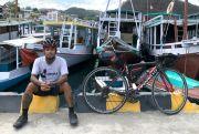 Hobi Gowes Sepeda,Amin SuyitnoTouring Kudus-NTT selama Sebulan