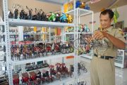 Sepi Pengunjung, Pasarkan Produk di Marketplace