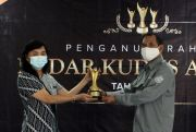RSPR Yakum Purwodadi Terima Penghargaan Radar Kudus Award