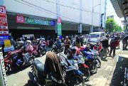 Parkir Belakang Ramayana Jadi Biang Kemacetan