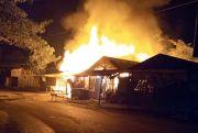 Kios Pasar Glonggong Pati Ludes Terbakar Dilahap Si Jago Merah