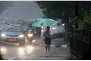 BMKG Perkirakan Hujan Petir di Beberapa Kota Besar di Indonesia