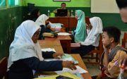 Mayoritas SMA/SMK Negeri Kekurangan Siswa