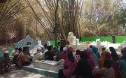 Bangun Pagar Makam Joko Tarub, Biaya Disumbang Peziarah Asal Bangkalan