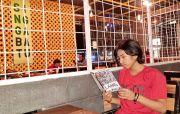 Bukan Hanya soal Kopi, Pengelola Kafe Beri Wadah Membaca