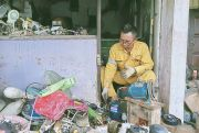 30 Tahun Tekuni Pekerjaan Warisan Orang Tua