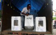 Packing Belum Tuntas, Distribusi Logistik Pemilu di Mojokerto Dicicil
