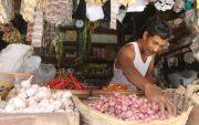 Permintaan Sembako Meningkat, Harga di Pasar Tradisional Melonjak