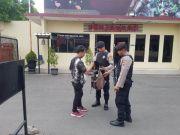 Pengamanan Kantor Kepolisian Diperketat