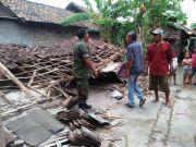 15 Dusun Disapu Puting Beliung, 12 Rumah Rusak Berat