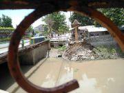 Titik Ambrol Mendekati Jembatan