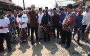 Diprotes Jalan Rusak, Ganjar Ajak Warga Dialog