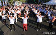 Meriah, Ribuan Orang Senam Masal di CFD