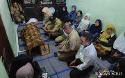 Melayat ke Korban Pohon Tumbang, Wali Kota: Razia Semua Pohon Mati