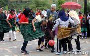 Gubernur Jateng Futsal Lawan Emak-Emak Bikin Ngakak