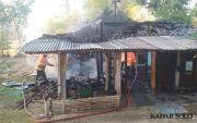 Kebakaran, Hanya Sisakan Seperempat Bangunan Rumah Seorang Warga