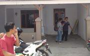 Densus 88 Geledah Kontrakan di Tasikmadu, Pascatangkap Perempuan HM