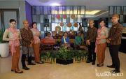 Staff Best Western Berkebaya Tiap Jumat