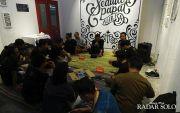 Mengenal Alib Isa, Seniman Lettering Pendiri Surakarya