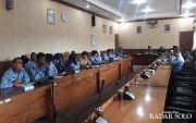 Geruduk Kantor DPRD, Guru Honorer di Klaten Tagih Pengangkatan PNS