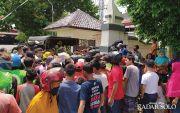 Massa Berkerumun, Pembagian Nasi di Pendapa Rumdin Bupati Dibubarkan