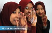 Tren Henna Art Dipadukan Gaya Lokal