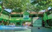 SDIT Jumapolo Tonjolkan Program Boarding School