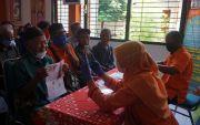 70.824 KPM Terima BST lewat Kantor Pos: PPKM,Penyaluran di Kantor Desa